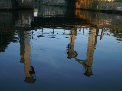 De_dolderbrug_weerspiegeld_in_het_dolderkanaal_hoe_lang_nog